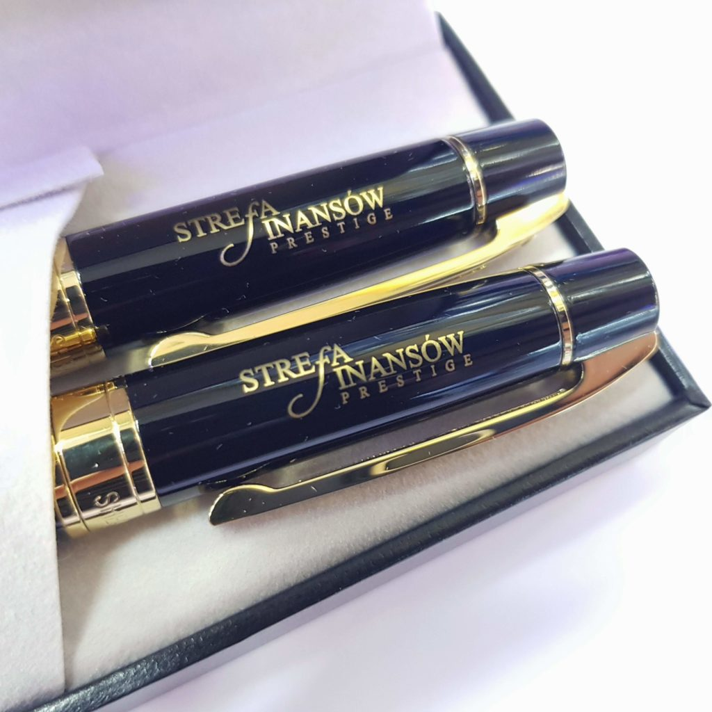 znakowane długopisy